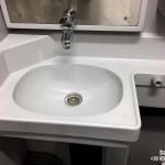 Элемент санитарной кабины вагона
